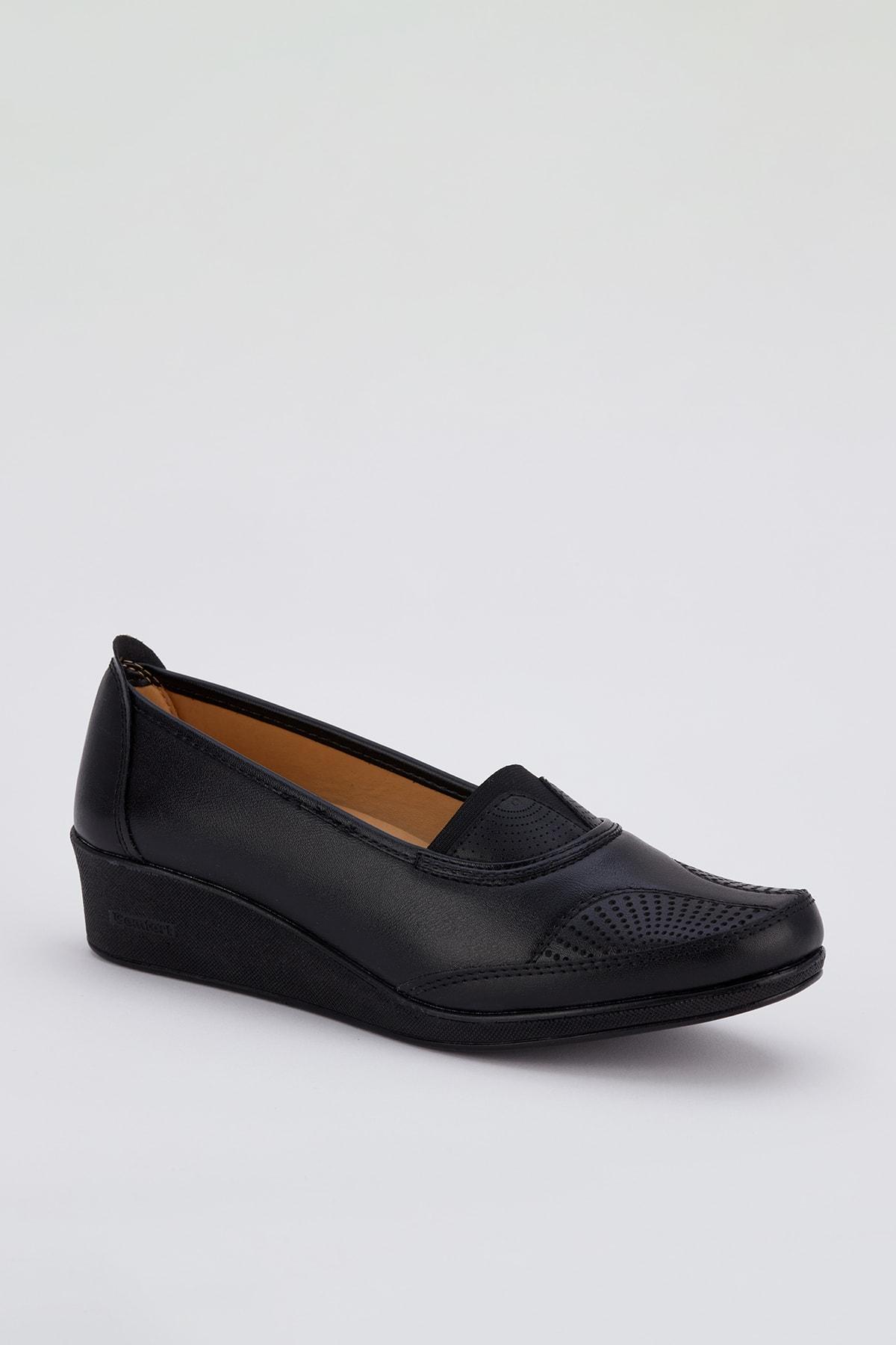 A15 Kadın Günlük Ortopedik Ayakkabı