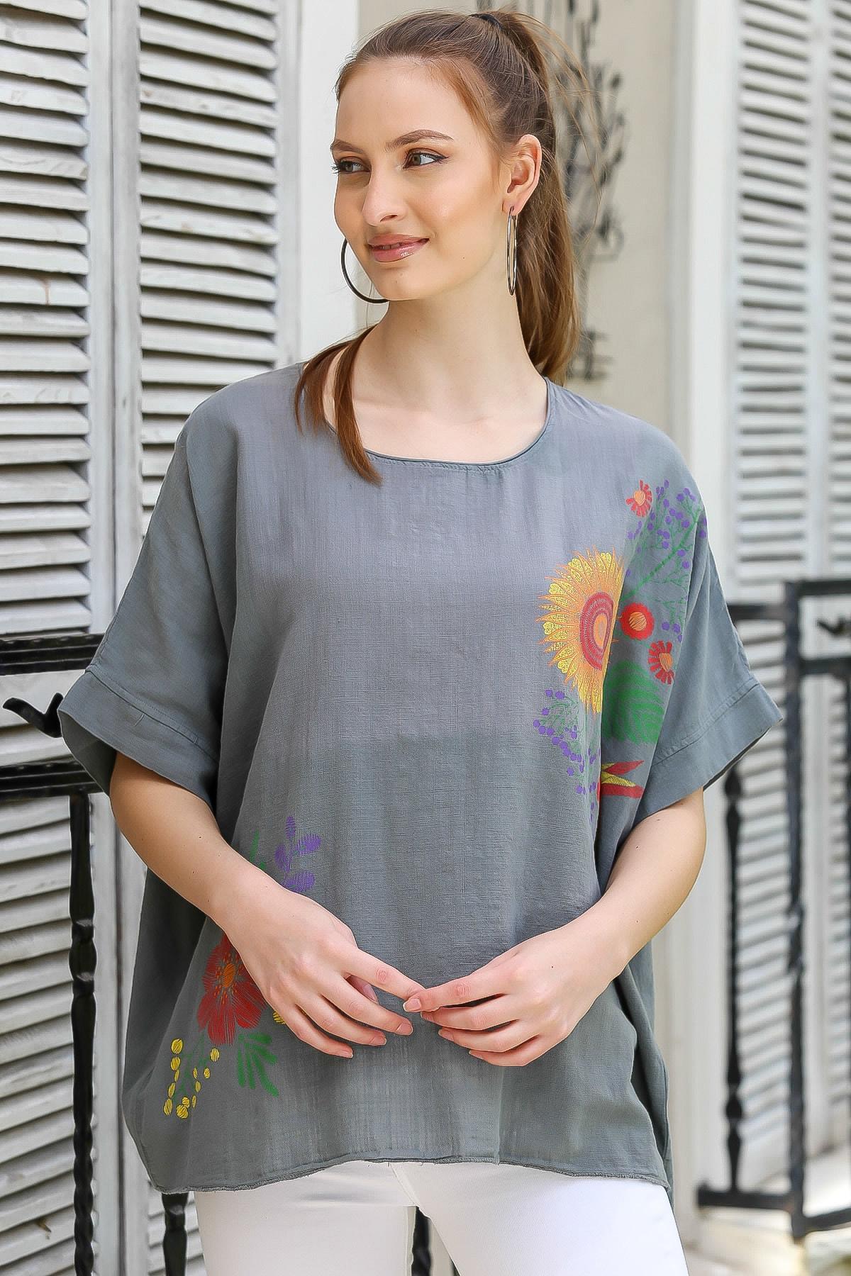 Chiccy Kadın Füme Sıfır Yaka Günebakan Çiçek Desenli Salaş Dokuma Bluz M10010200BL95412 1