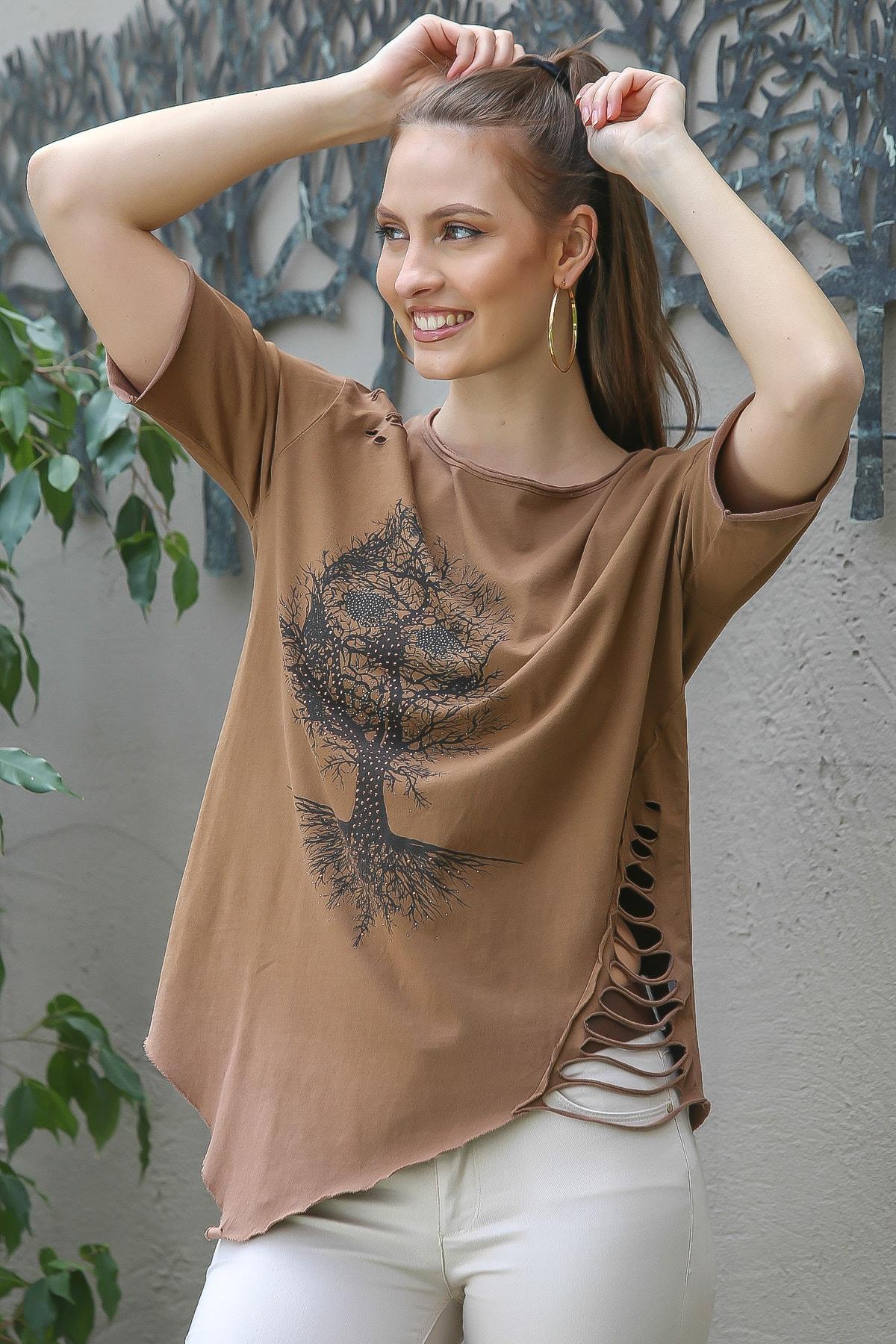 Kadın Taba Sıfır Yaka Dev Ağaç Baskılı Yanı Lazer Kesim Asimetrik Yıkamalı T-Shirt M10010300TS98234