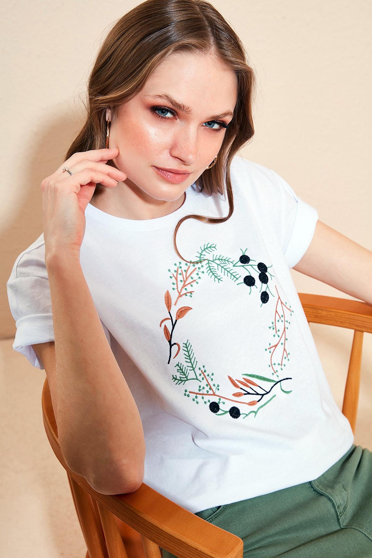 Kadın Beyaz  % 100 Pamuklu Baskılı Bisiklet Yaka T Shirt 6010020