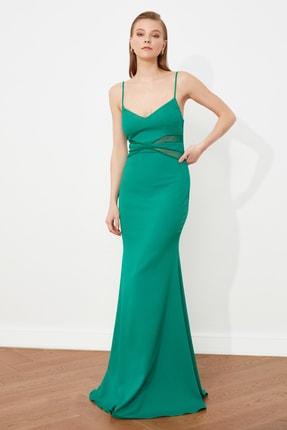 Zümrüt Yeşili Dantel Detaylı Abiye & Mezuniyet Elbisesi TPRSS21AE0123