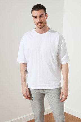TRENDYOL MAN Beyaz Erkek Geniş Kesim T-Shirt TMNSS20TS0947 0
