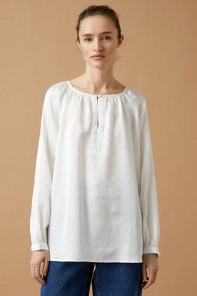 Koton Kadın Beyaz Bisiklet Yaka Uzun Kollu Puantiyeli Bluz 2