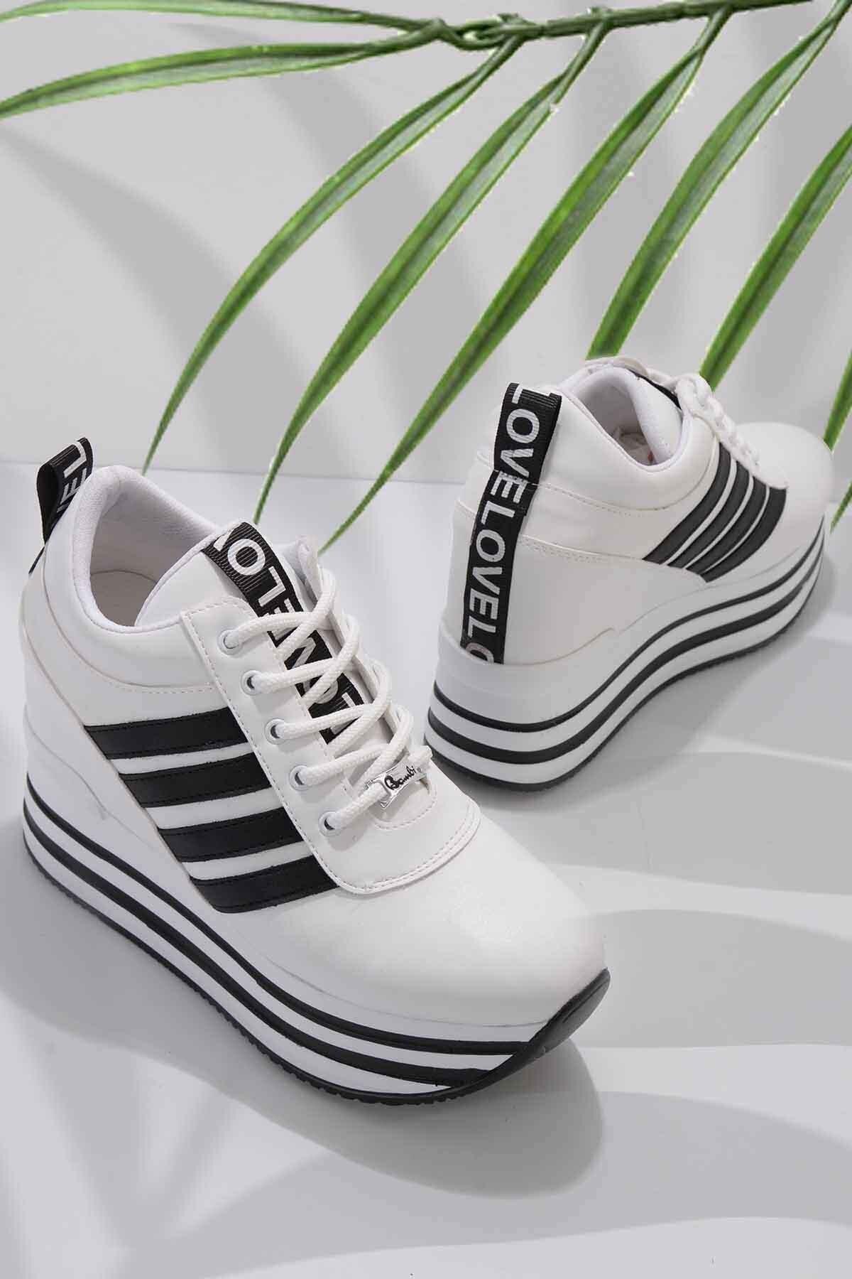 Beyaz Siyah Kadın Sneaker K01671625009