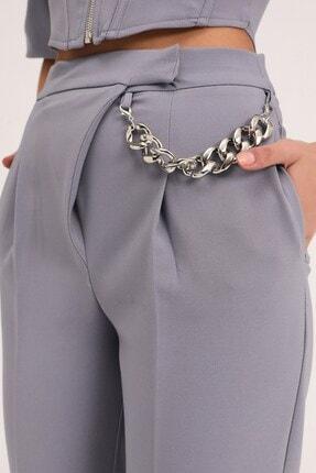 Quzu Kadın Gri Zincir Aksesuarlı Yüksel Bel Pantolon 3