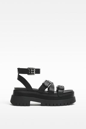 Bershka Kadın Siyah Tokalı Platform Sandalet 2