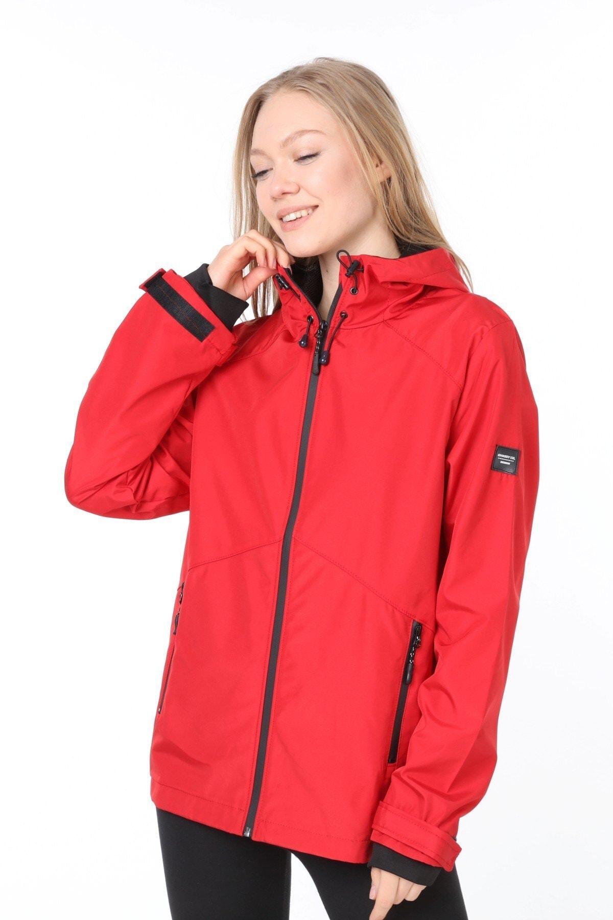 Kadın Kırmızı  Rüzgarlık/yağmurluk Omuz Detaylı Mevsimlik Spor Ceket