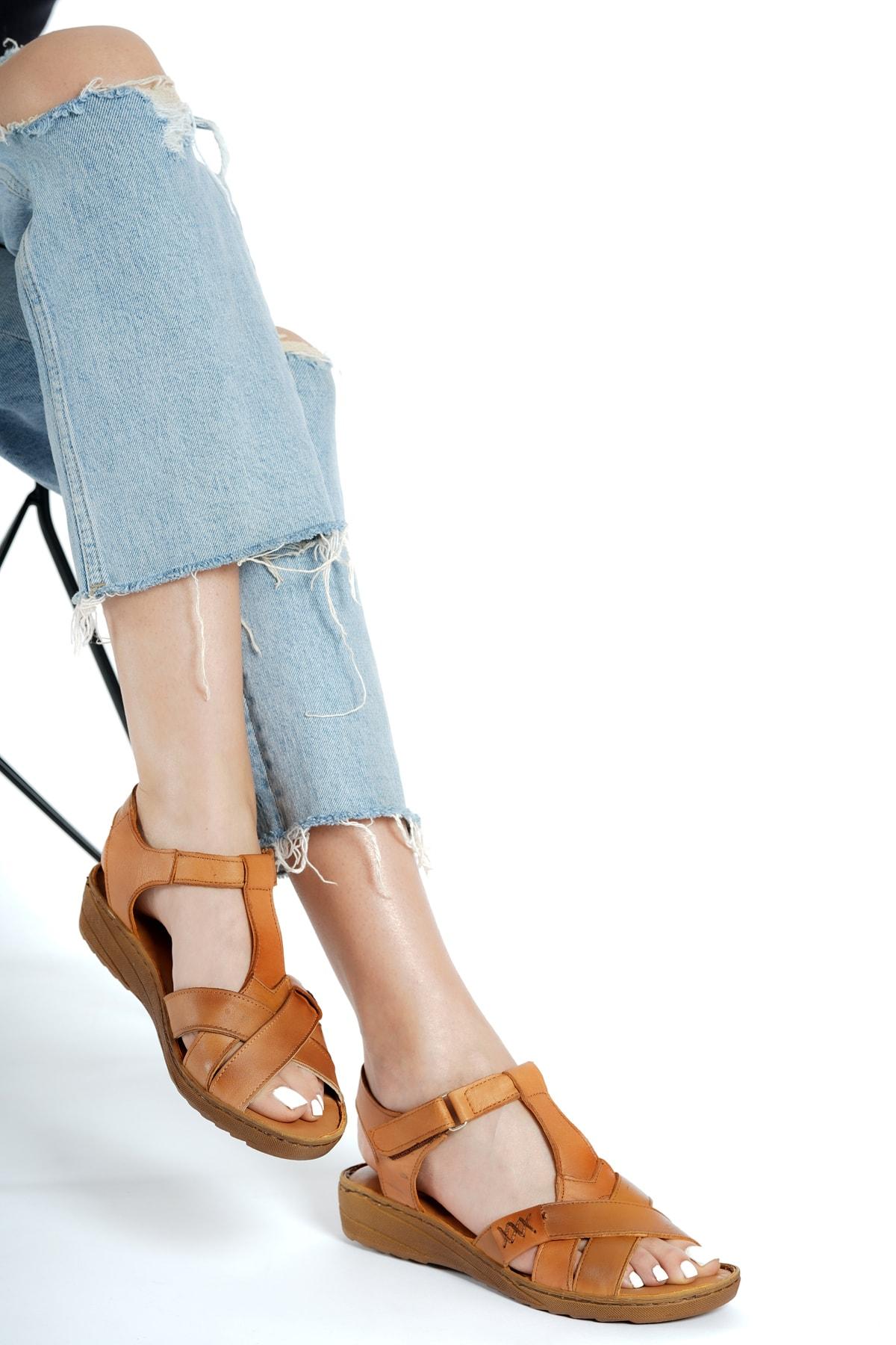 Kadın Taba Hakiki Deri Dolgu Topuklu  Sandalet Rkl-0111