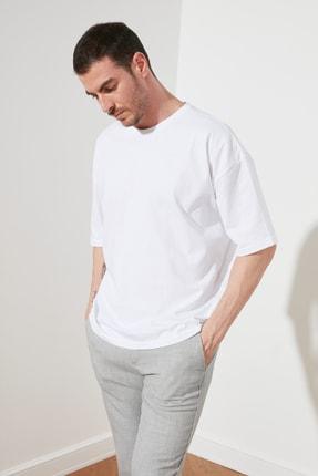 TRENDYOL MAN Beyaz Erkek Geniş Kesim T-Shirt TMNSS20TS0947 2