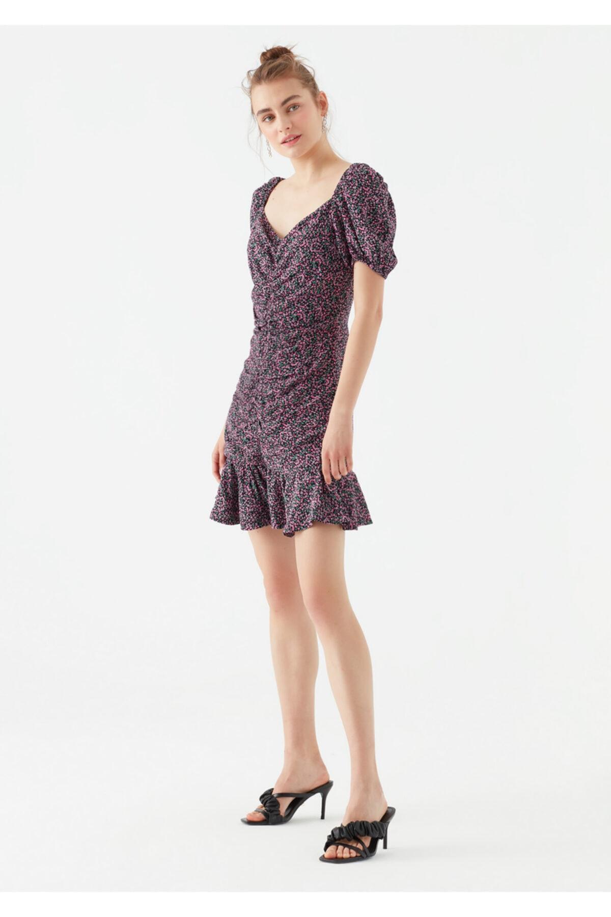 Kadın Pembe Çiçek Baskılı Elbise