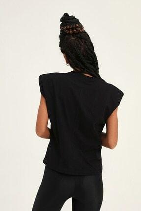 Quzu Kadın Siyah Vatkalı Kolsuz Basic Tişört 4