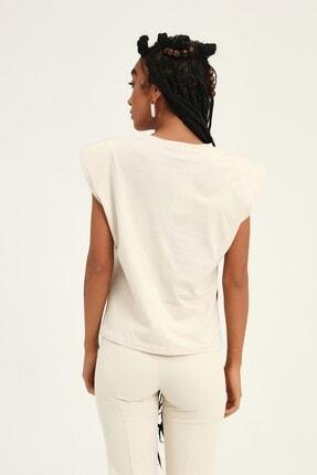 Quzu Kadın Açık Bej Vatkalı Kolsuz Basic Tişört 3