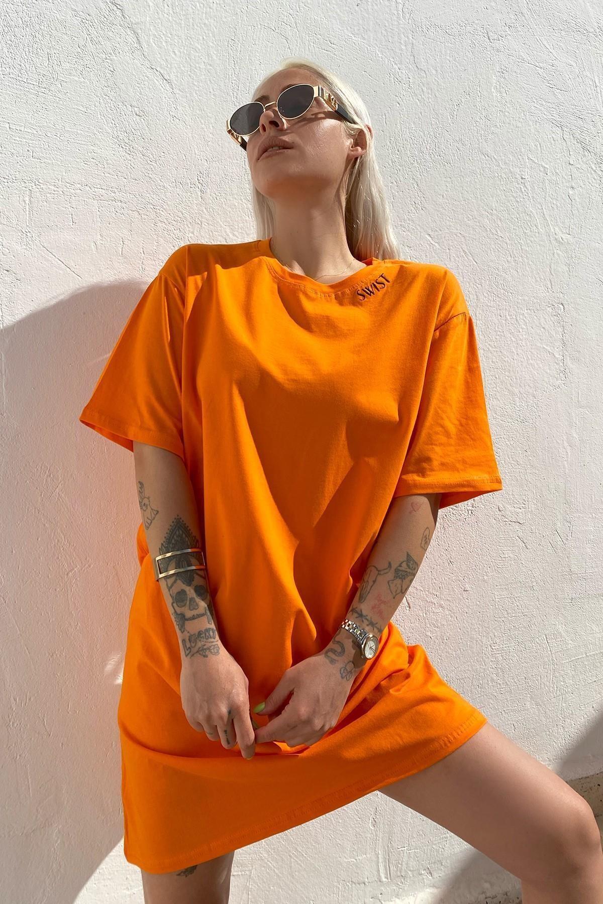Kadın Turuncu Nakışlı Pamuklu Kısa Kol Elbise