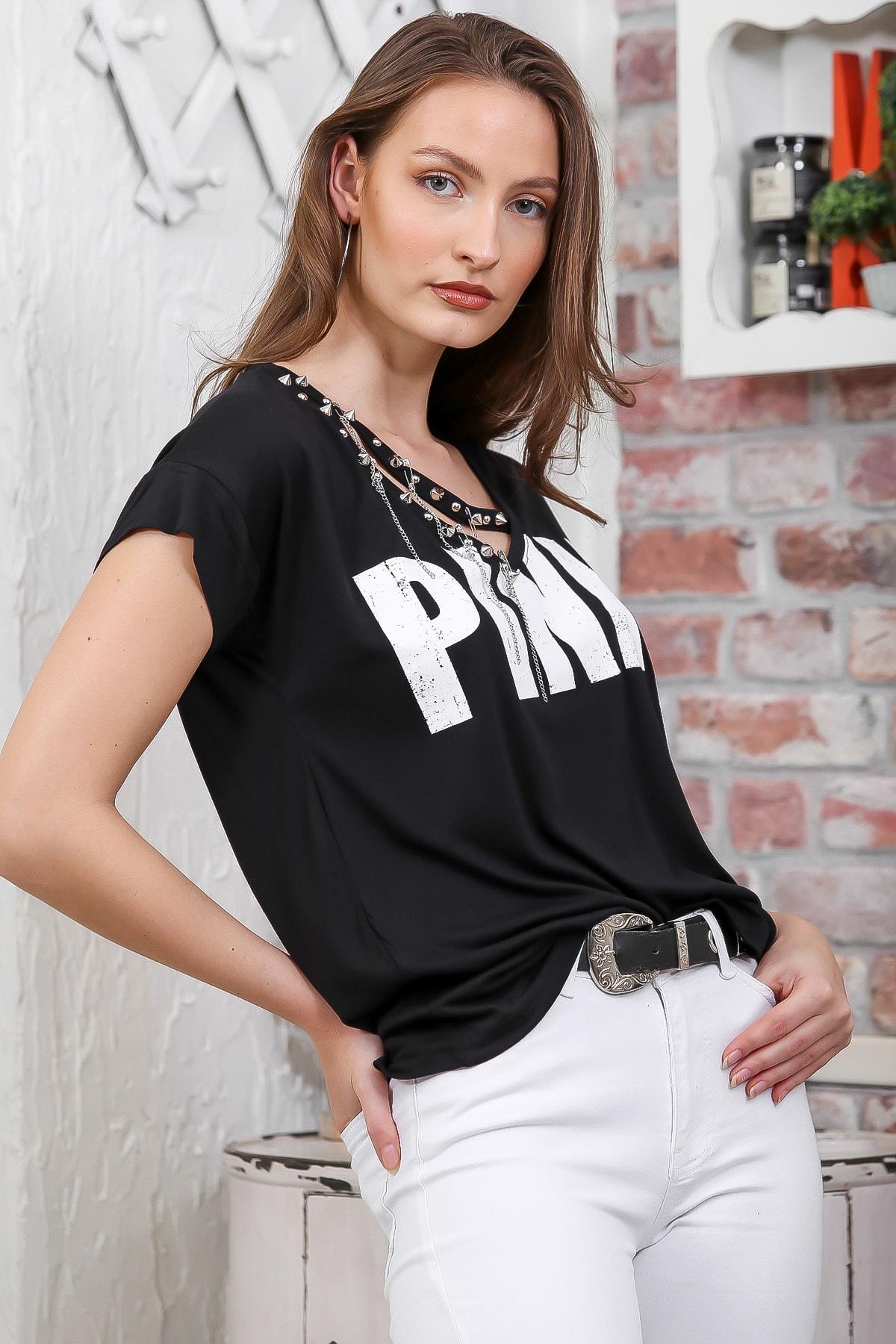 Chiccy Kadın Siyah V Yaka Pınk Baskılı Zincir Detaylı T-Shirt M10010300TS98280 1