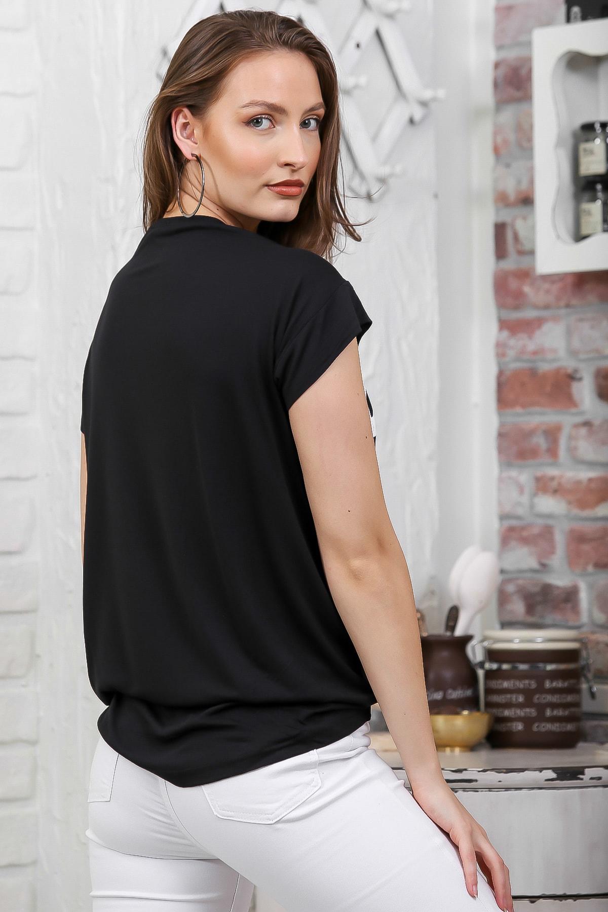 Chiccy Kadın Siyah V Yaka Pınk Baskılı Zincir Detaylı T-Shirt M10010300TS98280 3