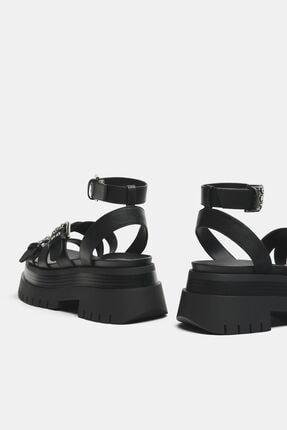 Bershka Kadın Siyah Tokalı Platform Sandalet 4