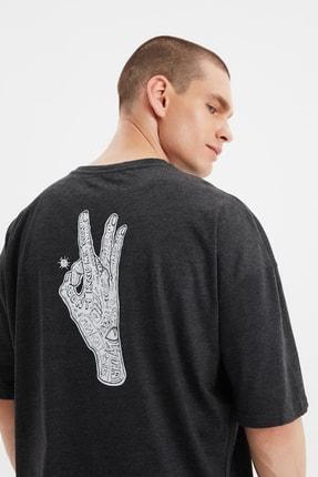 TRENDYOL MAN Antrasit Erkek Oversize Bisiklet Yaka Kısa Kollu Baskılı T-Shirt TMNSS21TS1071 4