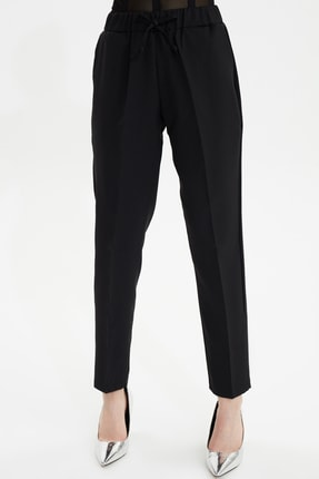 TRENDYOLMİLLA Siyah Bağlama Detaylı Pantolon TWOSS19ST0212 2