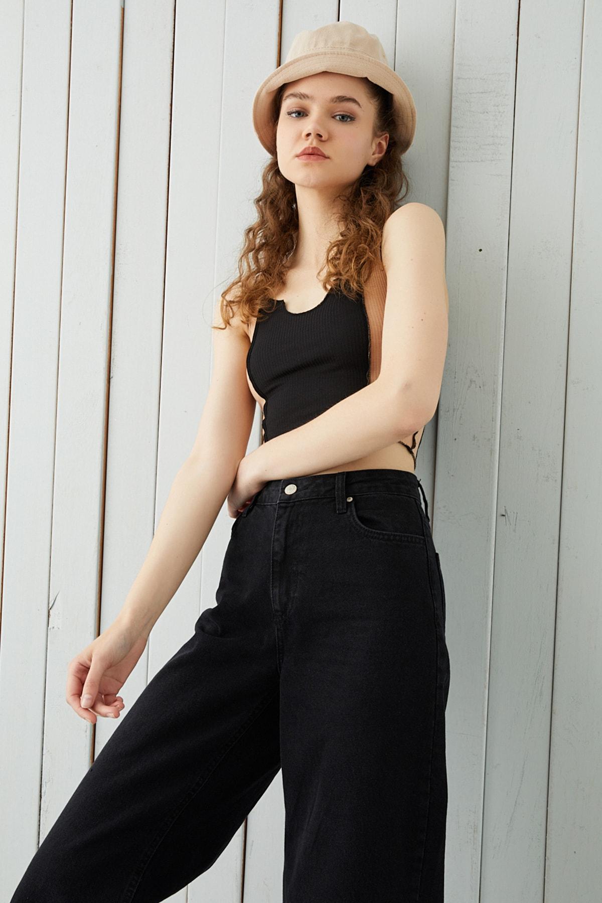 Bipantolon Kadın Siyah Camel Fitilli Kolsuz Crop Bluz