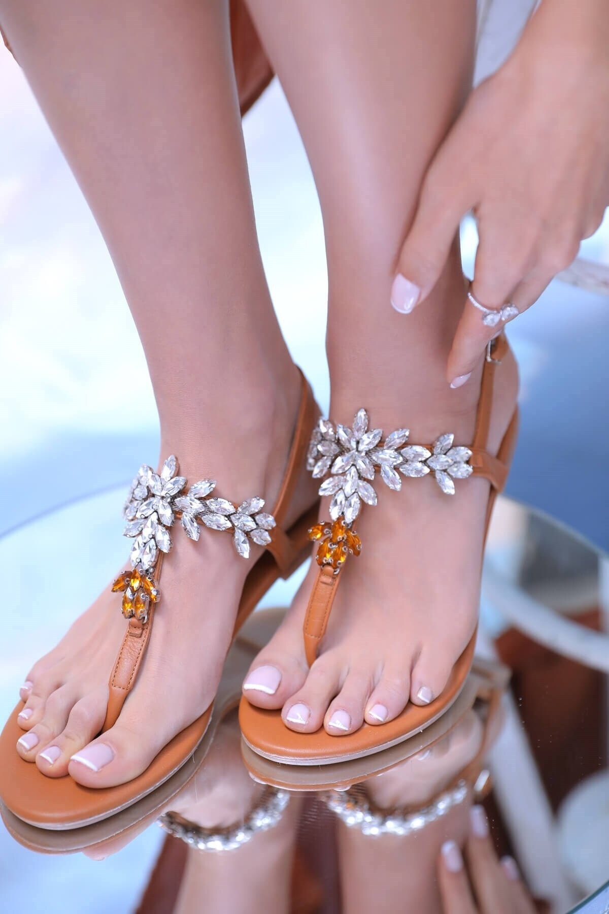 Kadın Taba Hakiki Deri Günlük Taşlı Sandalet