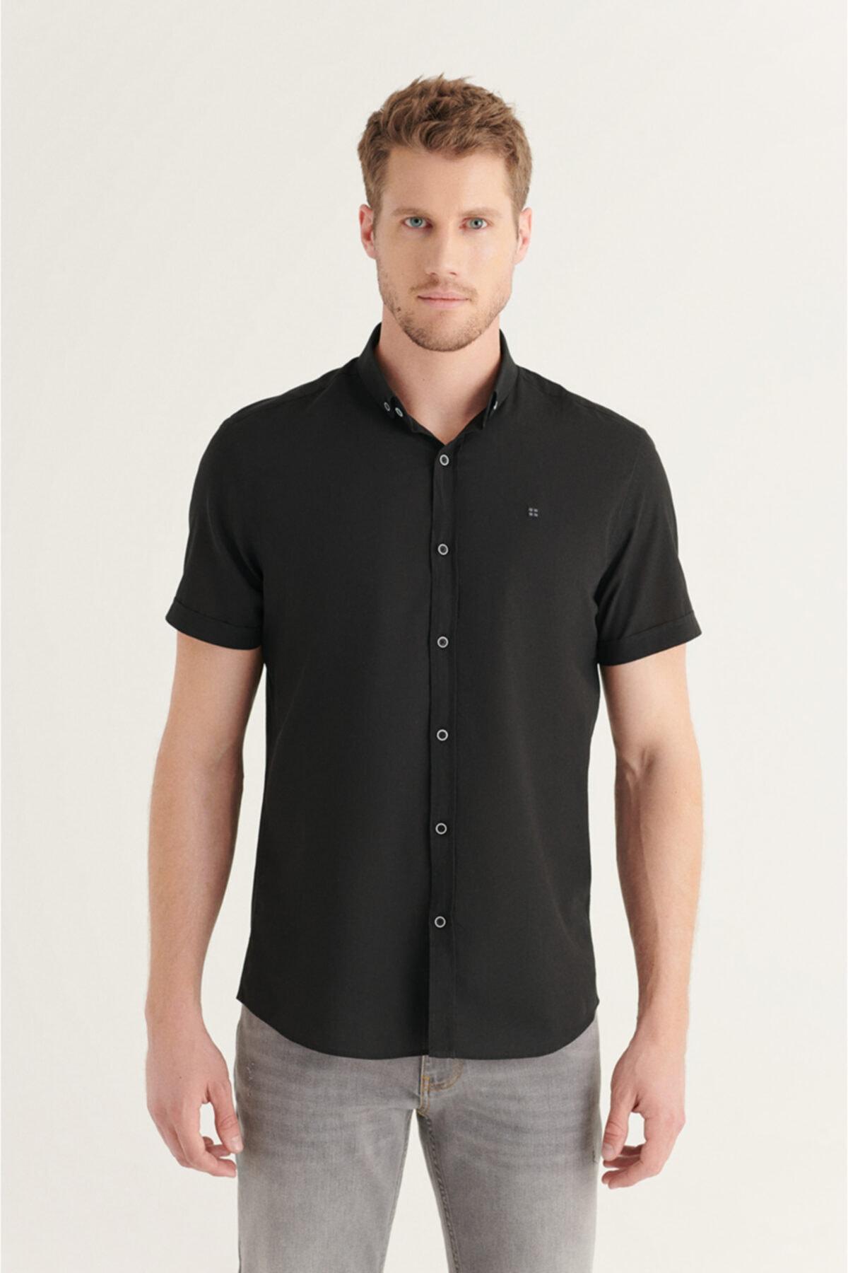Erkek Siyah Düz Düğmeli Yaka Slim Fit Kısa Kol Vual Gömlek A11b2210