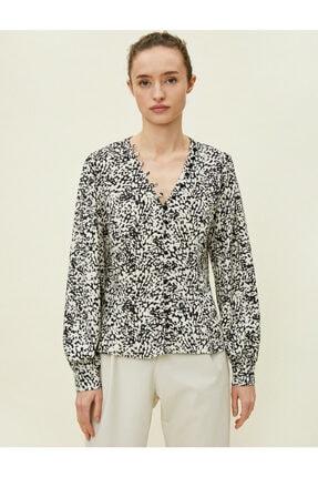 Koton Kadın Desenli Dügme Detayli Siyah Bluz 0KAK68336PW 2
