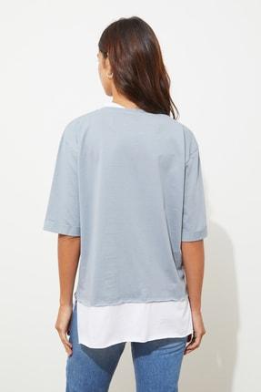 TRENDYOLMİLLA Gri Süprem Parça Detaylı Boyfriend Örme T-Shirt TWOSS20TS0858 4