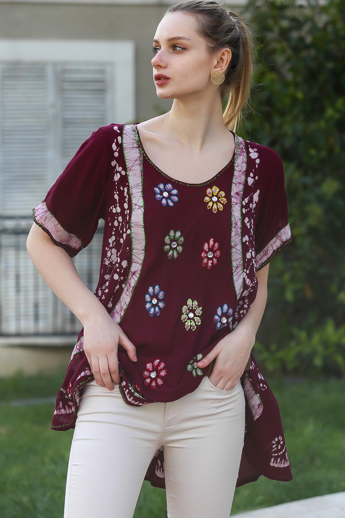 Chiccy Kadın Mürdüm U Yaka Çiçek Nakışlı Batik Desenli Salaş Tunik Bluz M10010200BL95380 0