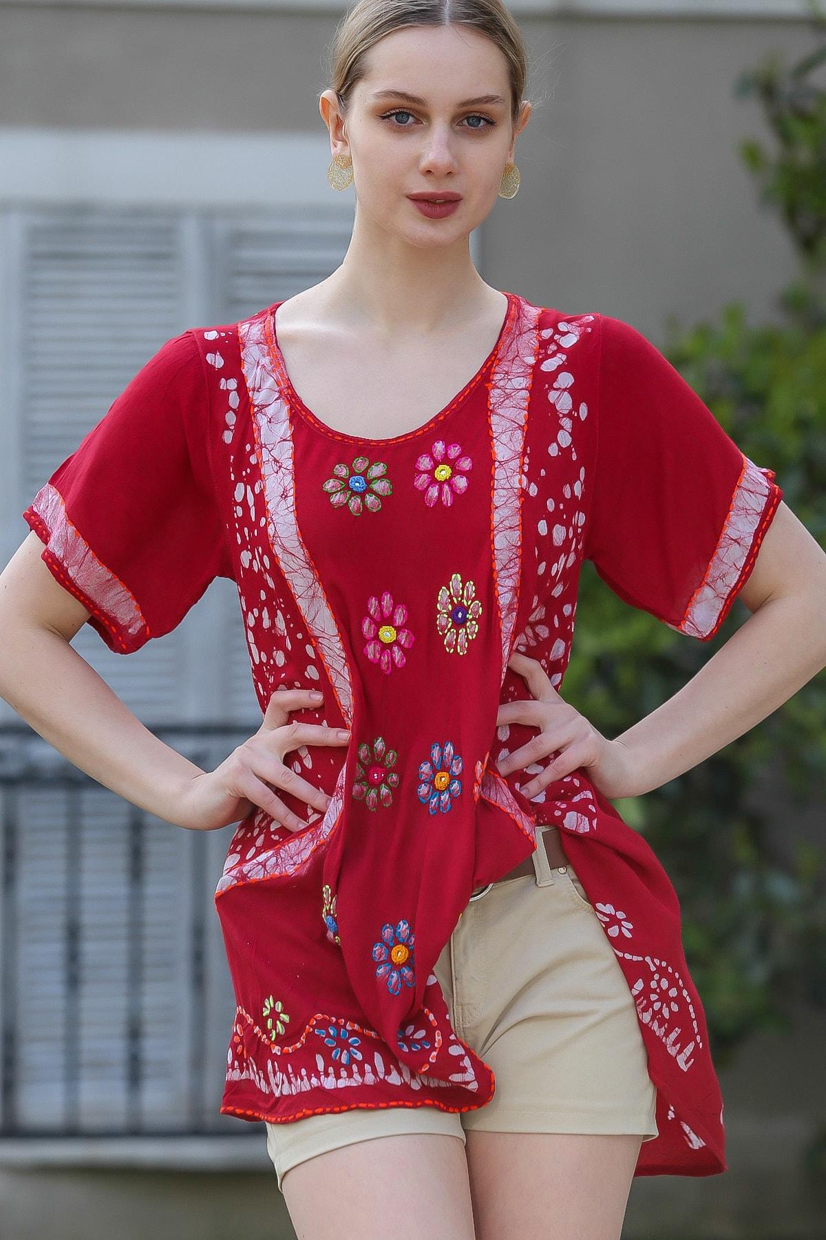 Chiccy Kadın Bordo U Yaka Çiçek Nakışlı Batik Desenli Salaş Tunik Bluz M10010200BL95380 0