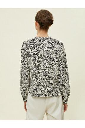 Koton Kadın Desenli Dügme Detayli Siyah Bluz 0KAK68336PW 3