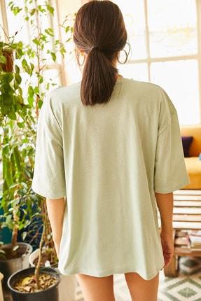 Olalook Kadın Yeşil Magic Road Baskılı Oversize Tişört TSH-19000513 3