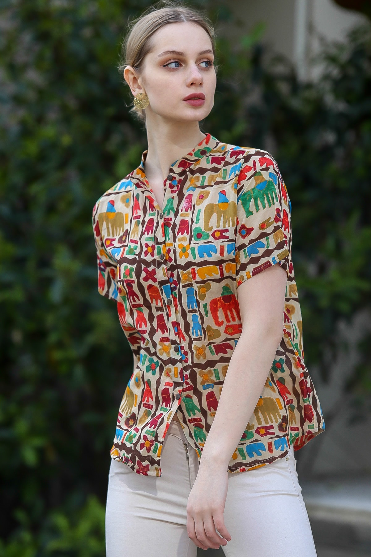Chiccy Kadın Bej Yakasız Düğme Detaylı Fil Desenli Dokuma Bluz M10010200BL95376 2