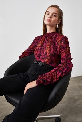 TRENDYOLMİLLA Çok Renkli Kol Detaylı Çiçek Desenli Bluz TWOAW20BZ0763 2