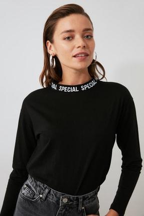 TRENDYOLMİLLA Siyah Yakası Baskılı Basic Uzun Kol Örme T-shirt TWOAW20TS0230 2