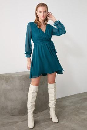 TRENDYOLMİLLA Zümrüt Yeşili Kuşaklı Elbise TWOAW20EL0789 0
