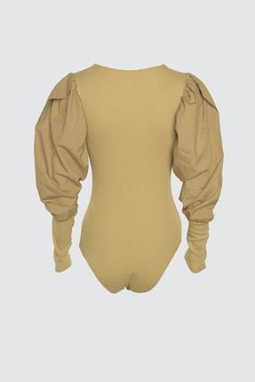 TRENDYOLMİLLA Camel Kol Detaylı Çıtçıtlı Örme Body TWOAW21BD0016 2