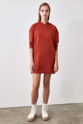TRENDYOLMİLLA Tarçın Kapüşonlu Örme Sweat Elbise TWOAW20EL1554 2