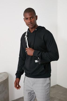 TRENDYOL MAN Siyah Erkek Regular Fit Kapüşonlu Kanguru Cepli Uzun Kollu Sweatshirt TMNAW20SW0162 3