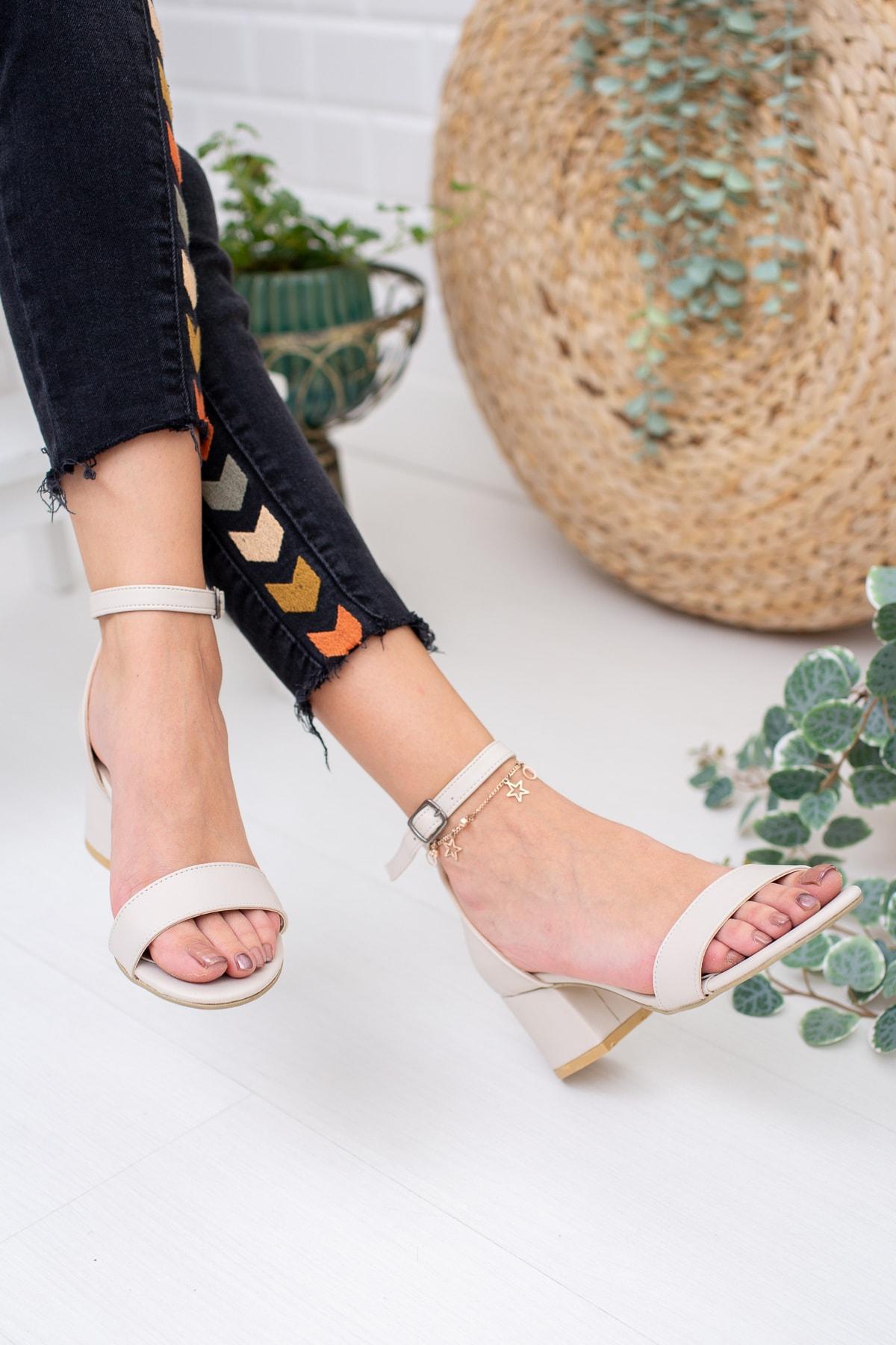 Ten Cilt Kadın Klasik Topuklu Ayakkabı Md1015-119-0001
