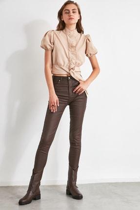 TRENDYOLMİLLA Koyu Kahverengi Kaplamalı Yüksek Bel Skinny Jeans TWOAW21JE0349 2
