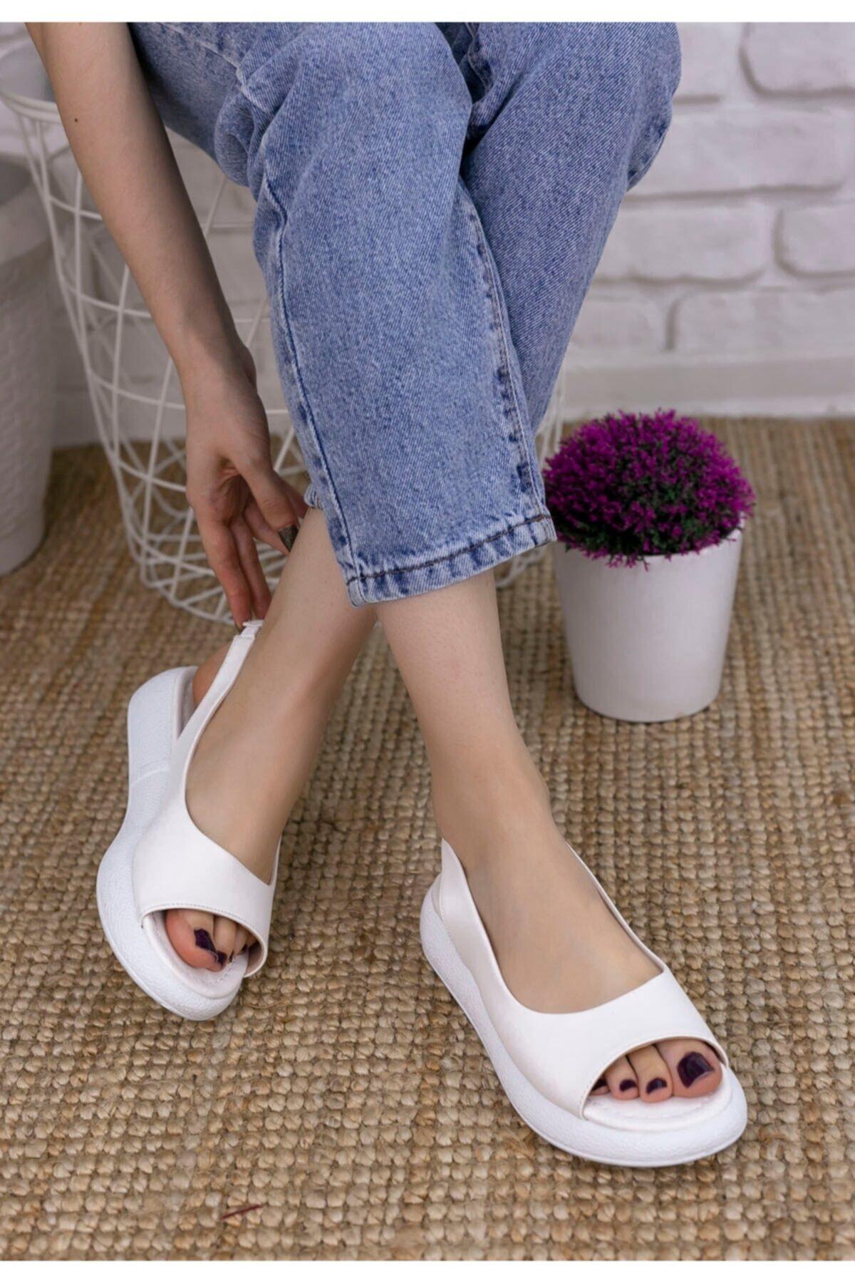 Erbilden Kadın Beyaz Cilt Sandalet