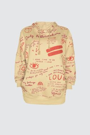 TRENDYOLMİLLA Bej Baskılı Uzun Oversize Örme Sweatshirt TWOAW21SW0378 4