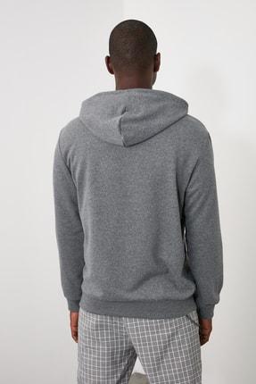 TRENDYOL MAN Antrasit Erkek Baskılı Kapüşonlu Regular Sweatshirt TMNAW21SW0519 4