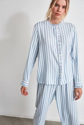TRENDYOLMİLLA Mavi Çizgili Dokuma Pijama Takımı THMAW21PT0290 0
