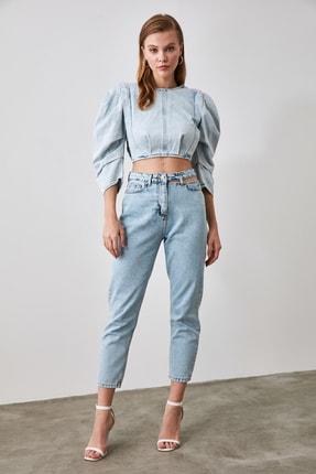 TRENDYOLMİLLA Mavi Cut Out Detaylı Yüksek Bel Mom Jeans TWOAW21JE0268 2
