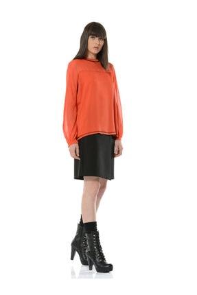 BİRELİN Kadın Kiremit Kontrast Dikiş ve Kadife Şerit Detaylı Uzun Kollu Bluz 1