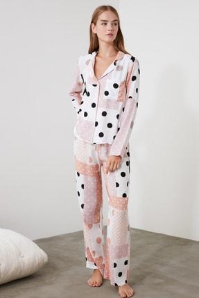 TRENDYOLMİLLA Patch Desen Dokuma Pijama Takımı THMAW21PT0046 2