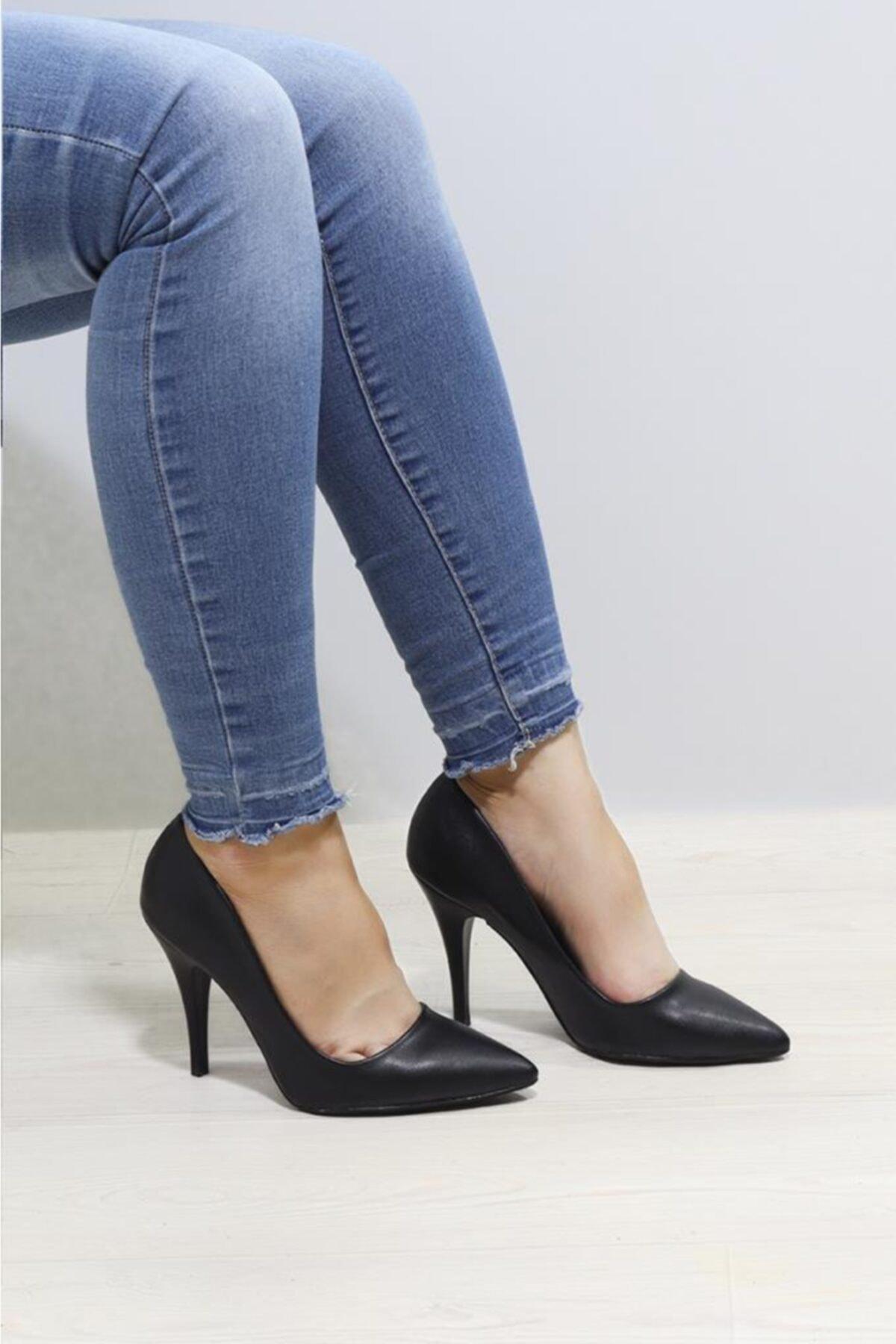Gözde 1920 Kadın Klasik Topuklu Ayakkabı
