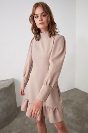 TRENDYOLMİLLA Vizon Dik Yaka Volanlı Elbise TWOAW21EL1816 2