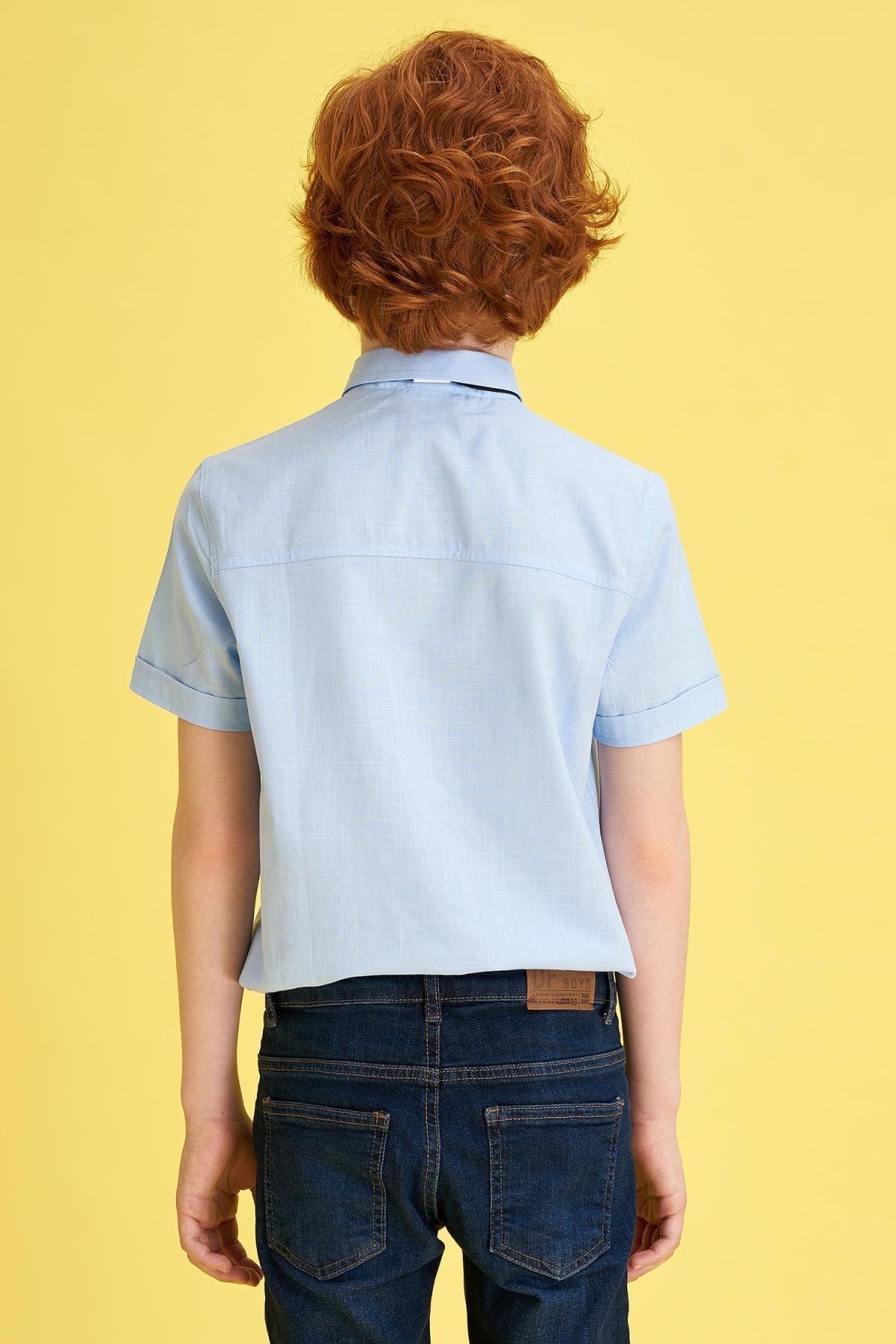 Defacto Erkek Çocuk Mavi Papyonlu Keten Görünümlü Kısa Kollu Gömlek 3